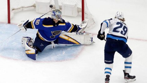 99d0eb3250e Jets know series with Blues has been a game of inches