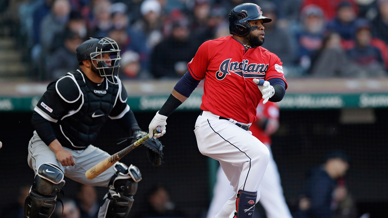 9bba15c73d4 Indians walk their way to win over White Sox in opener - Sportsnet.ca