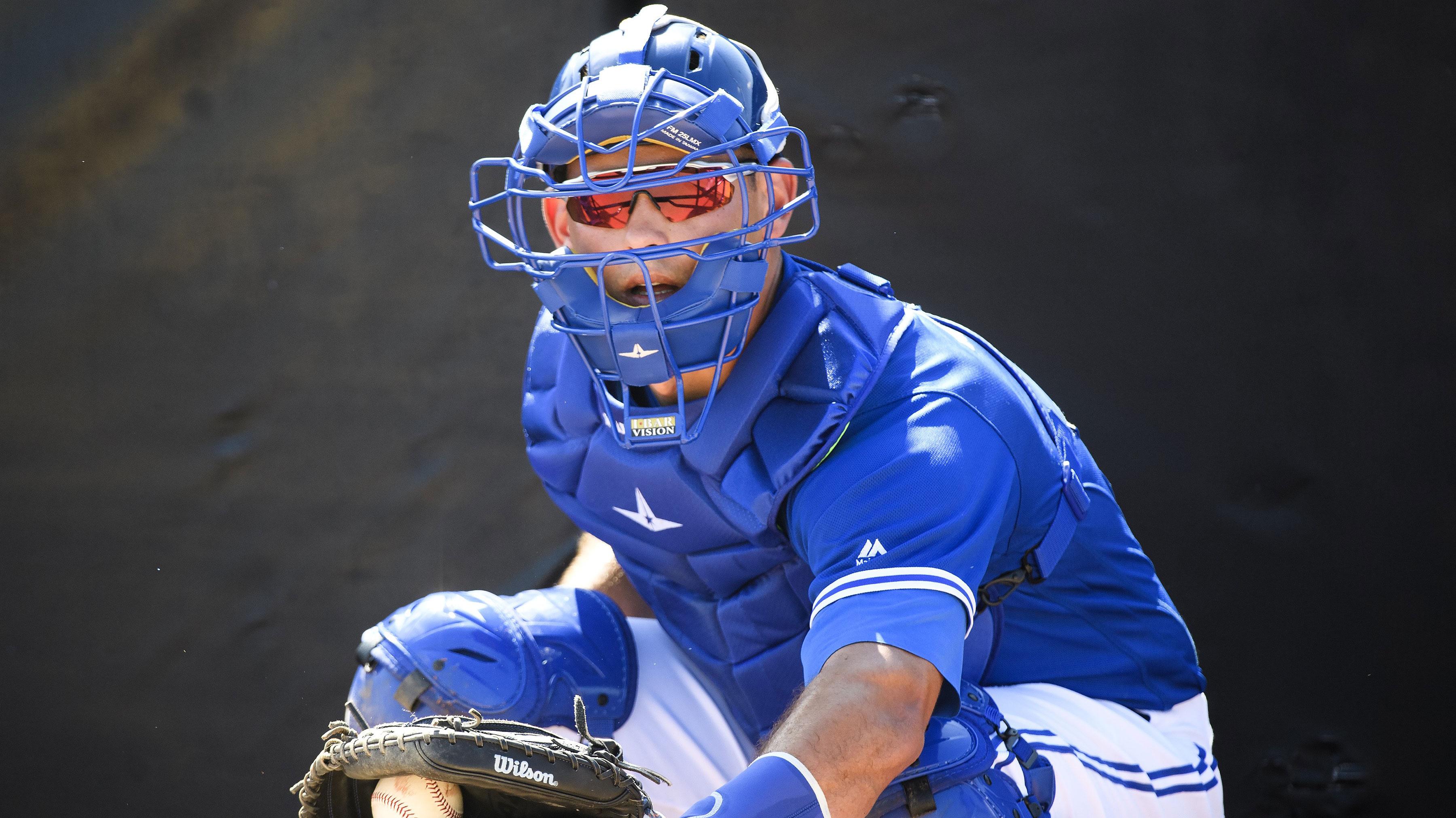 Blue Jays catchers Maile, Jansen fine tuning pitch presentation