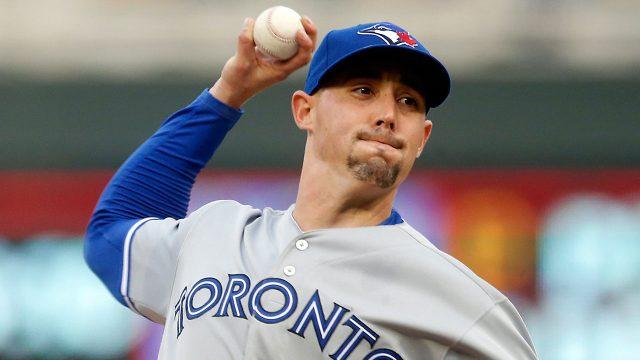 MLB-Blue-Jays-Sanchez-throws-against-Twins