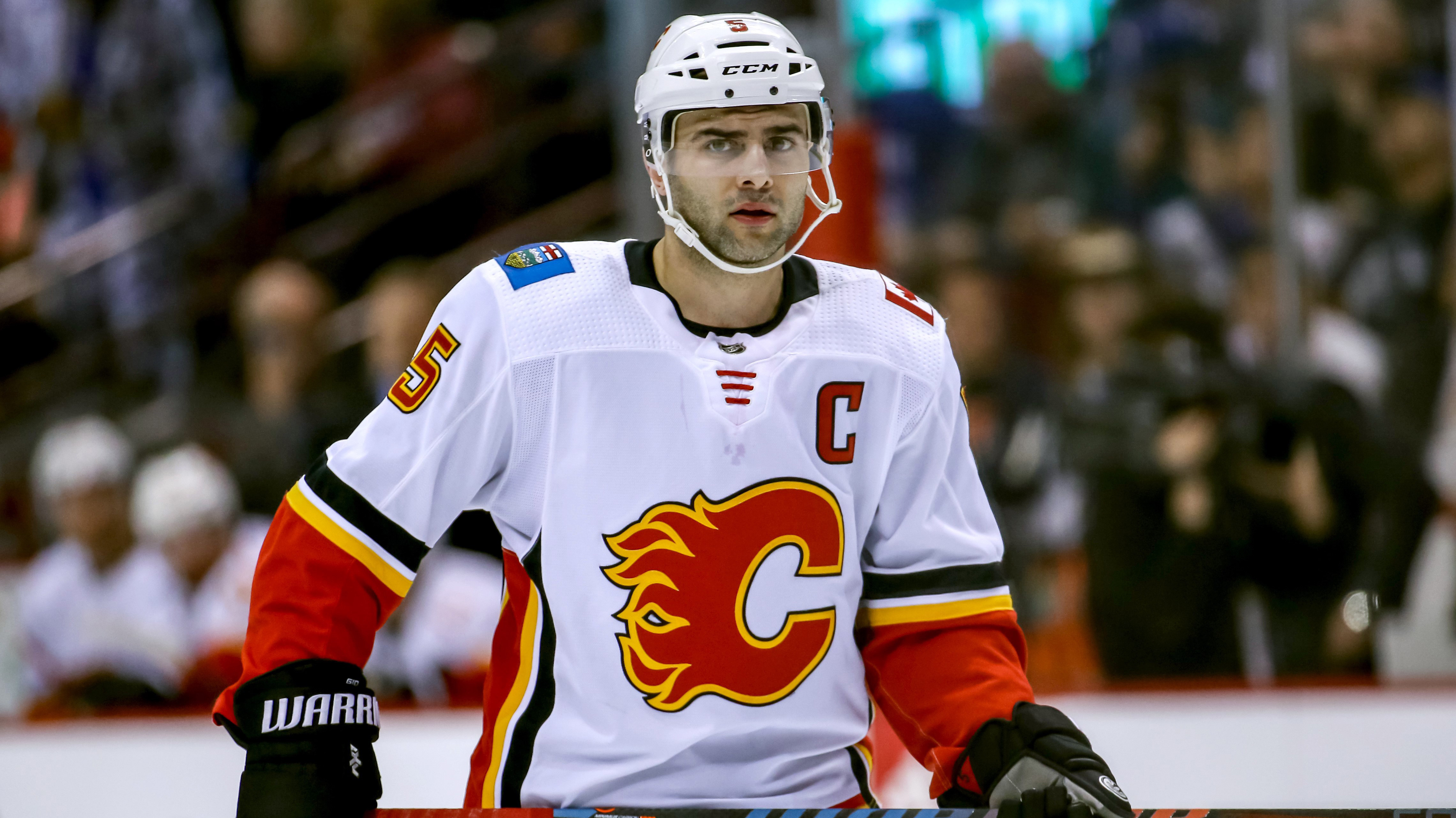 Flames captain Mark Giordano wins Norris Trophy for first time