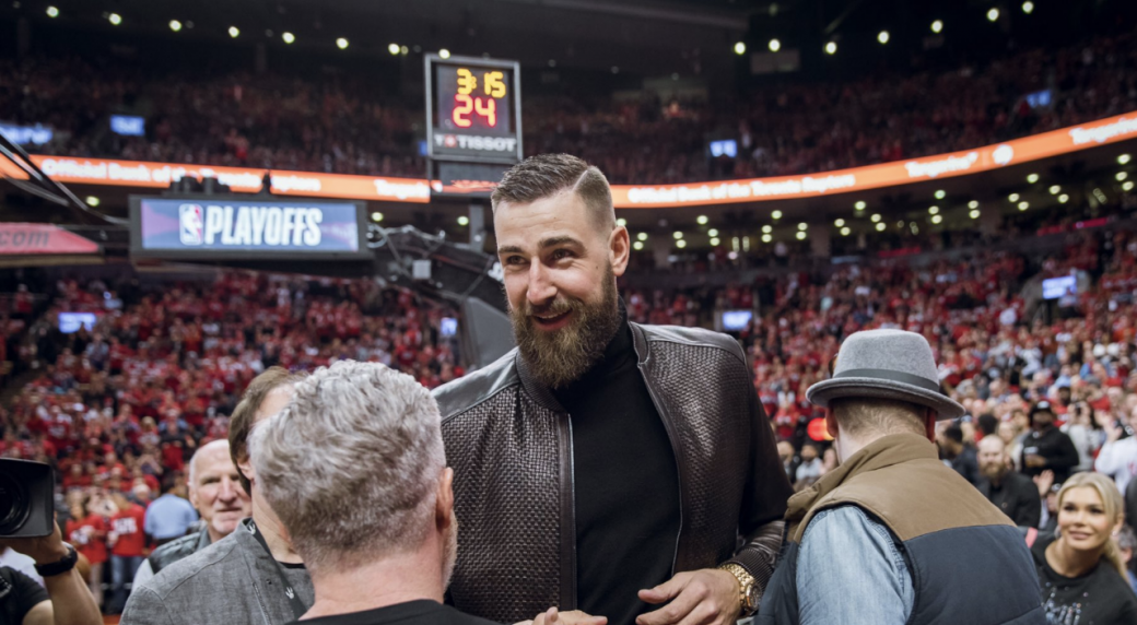 Lakers Vs Cavaliers 2019 >> Jonas Valanciunas in Toronto to cheer on Raptors in Game 1