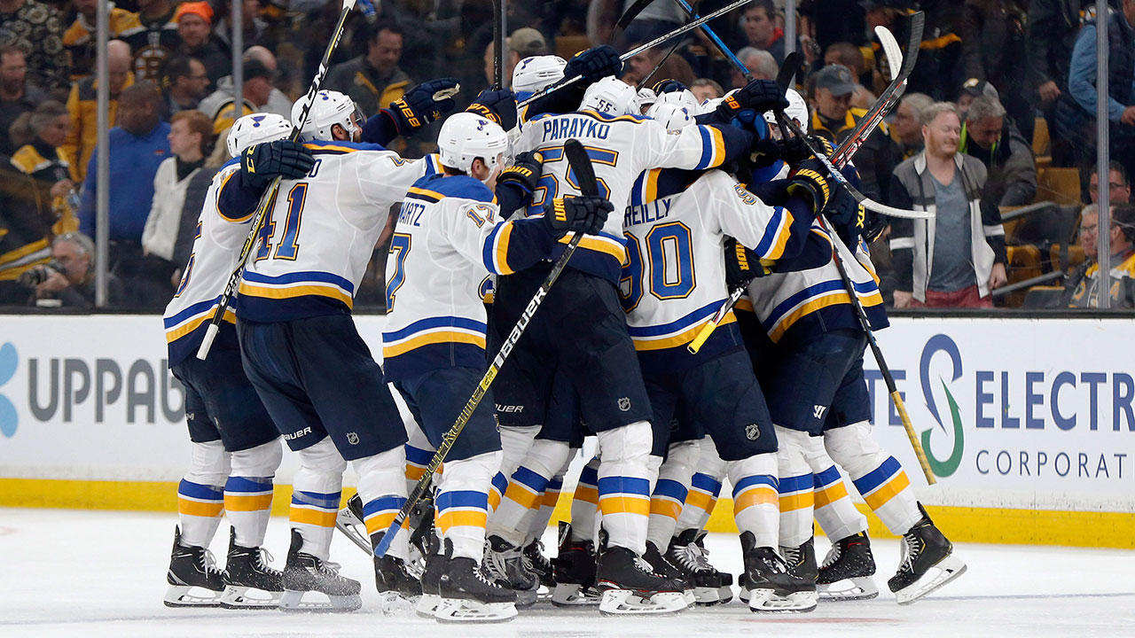 Avoiding misery in Missouri. St. Louis takes game 2 in Boston and ties up the series