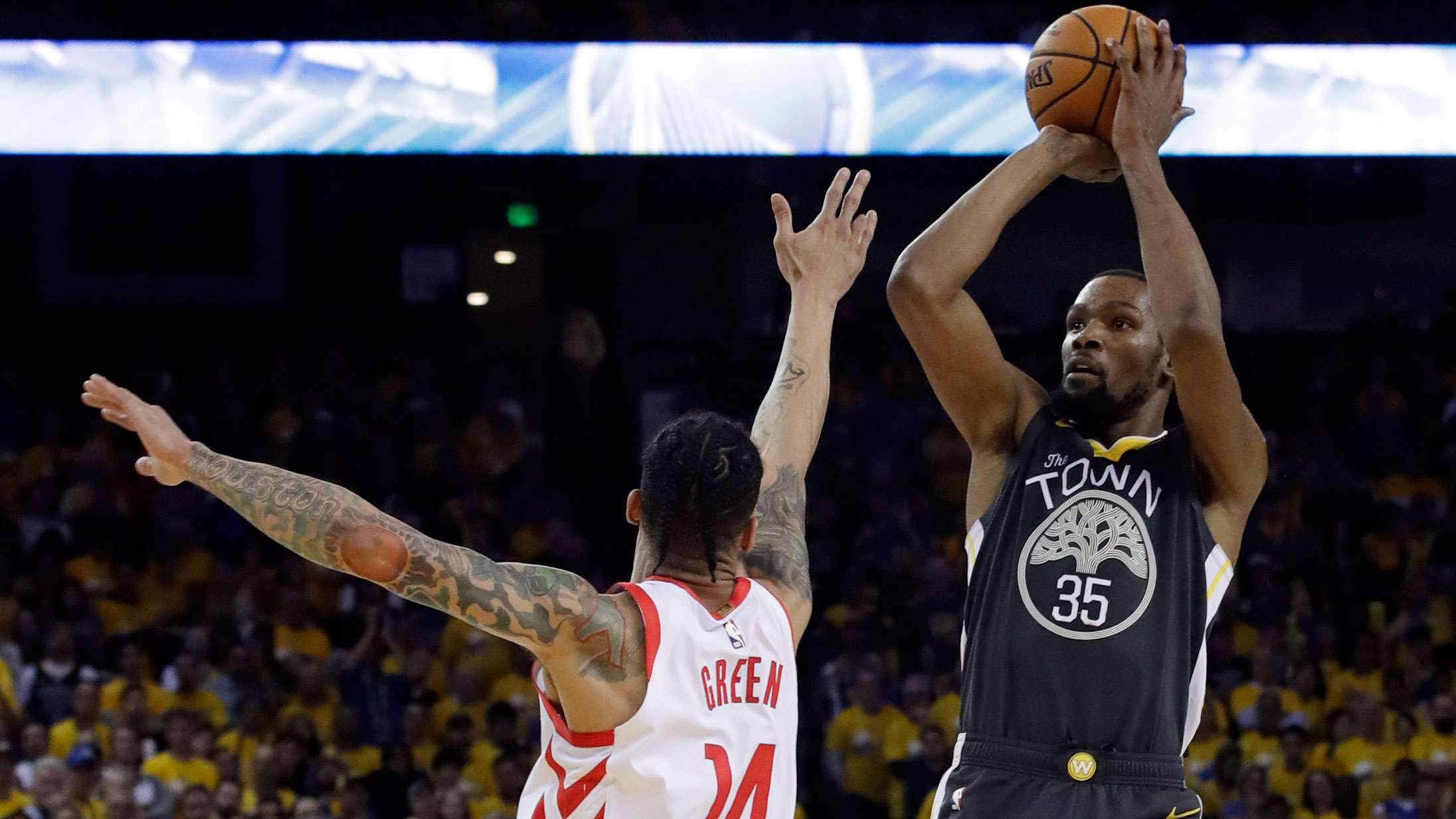 0db39153999 Kevin Durant scored 29 points and established an early defensive tone  against James Harden