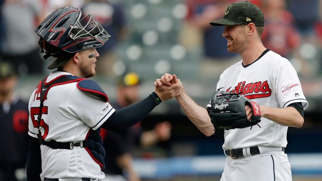 MLB-Indians-Bieber-gets-congratulated-after-win
