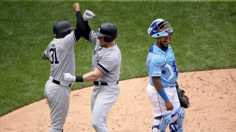 MLB-Yankees-Voit-celebrates-home-run-against-Royals