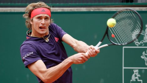 Tennis-ATP-Zverev-hits-shot-at-Geneva-Open