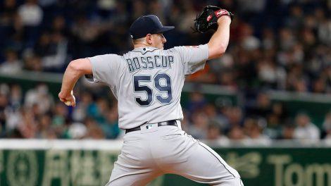 mariners-zac-rosscup-throws-a-pitch