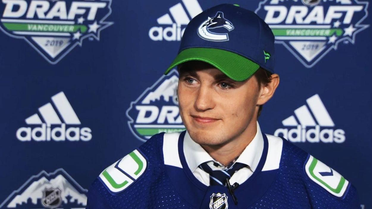 Canucks' 2nd round pick talks on draft day