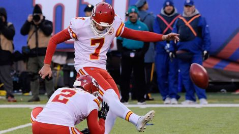NFL-Chiefs-kicker-Butker-kicks-against-Giants