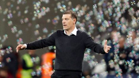 Soccer-West-Ham-Bilic-reacts-after-match