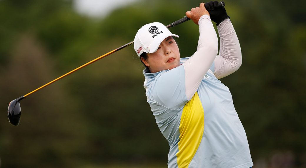 Feng wins Thornberry Creek Classic with late birdie surge